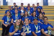 Equipe ADI/Secretaria Municipal de Esportes comemorando mais um título de campeã dos Jogos Abertos. Foto: Divulgação PMI.